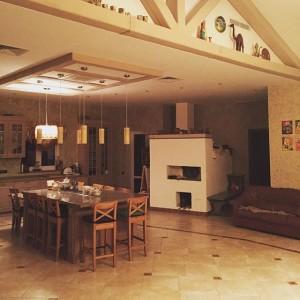 Русская печь в гостиной