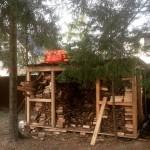 Изготовление дровницы на даче своими руками