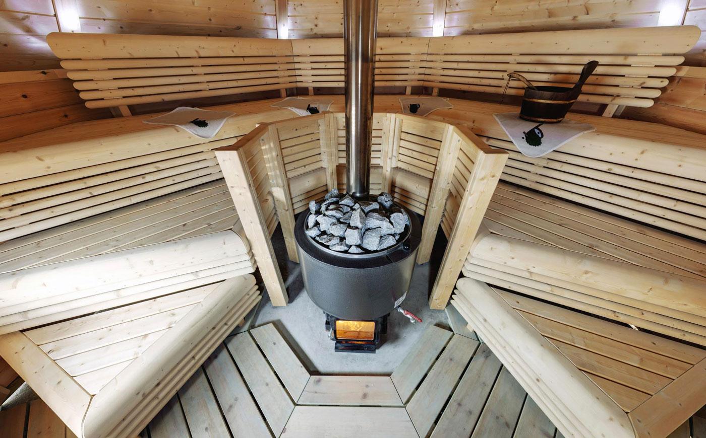 Финская дровяная печь для бани: особенности устройства и обзор моделей