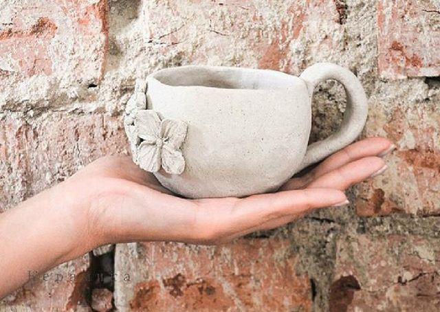 Кружка из шамотной глины