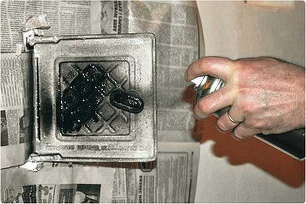 Окрашивание металлической печи огнеупорной краской