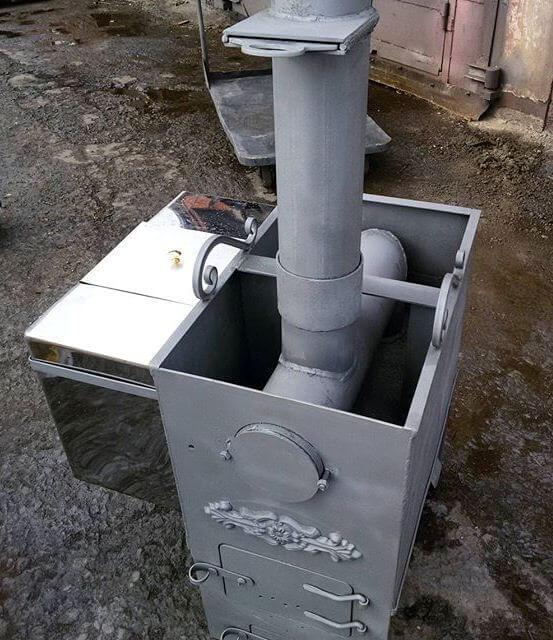 Металлическая печь для бани с баком для воды