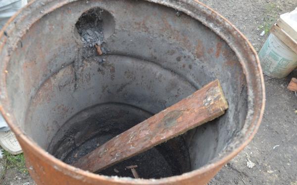 Печь для теплицы из бочки