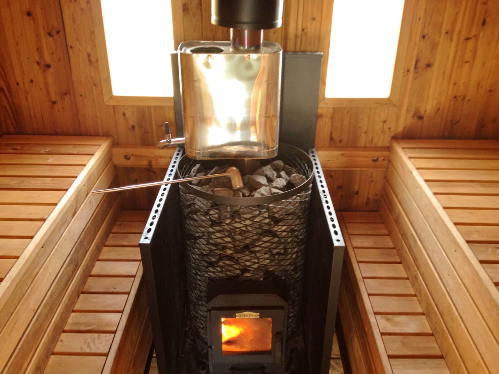 Комбинированная (газо-дровяная) печь для бани