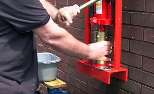 Станки, которые используются для изготовления брикетов