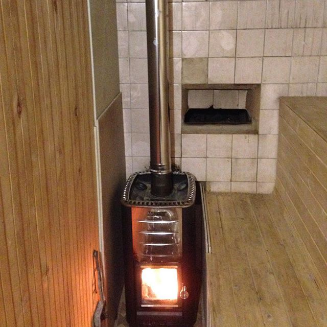 Маленькая банная печь